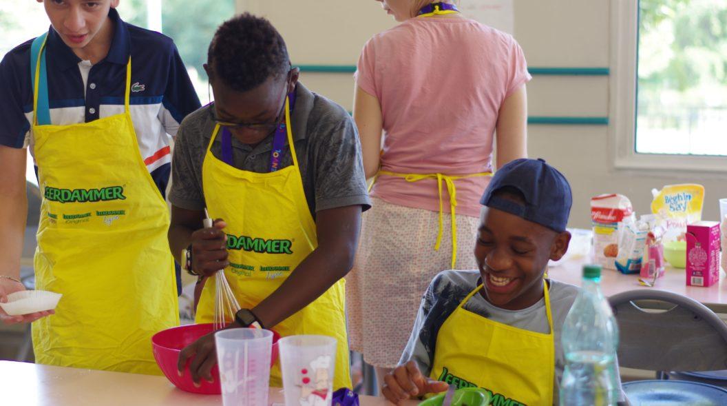 2018 Séjour été - Session 1 - Atelier cuisine rire partage 1-min