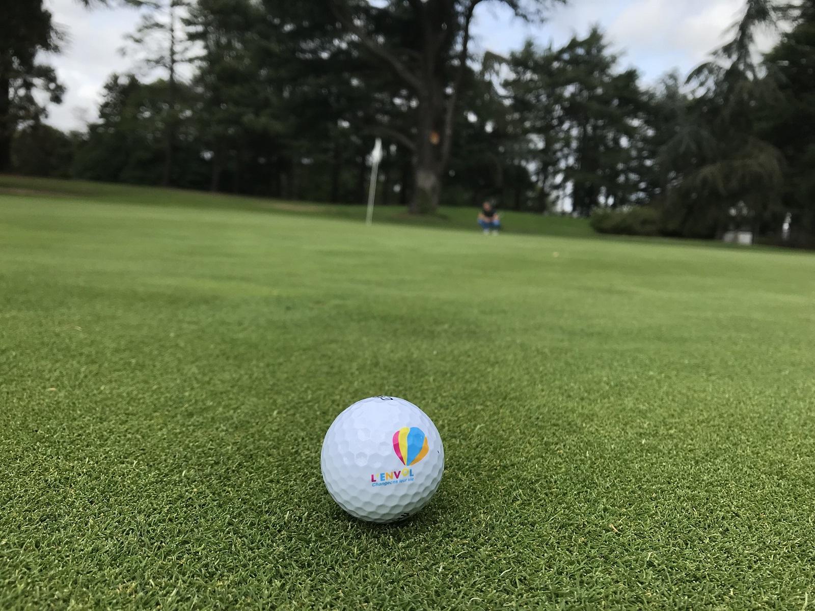 Revivez la 1ère compétition de golf au profit de L'ENVOL à la Boulie !